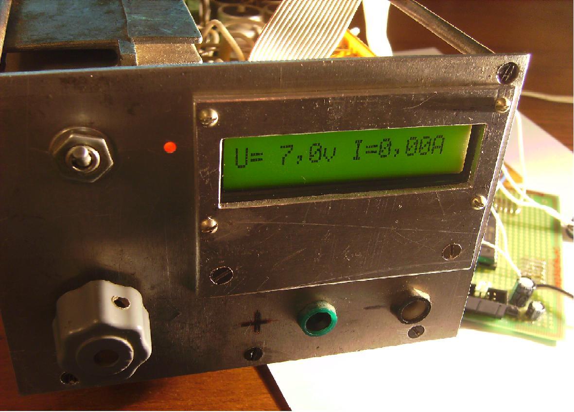 Цифровой вольтметр на avr